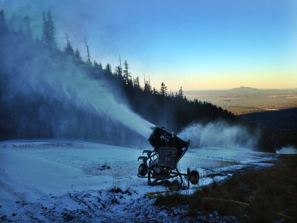 Arizona Snowbowl begins snowmaking