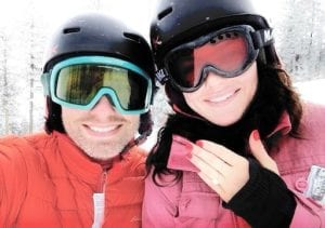 Skiiers with a ring